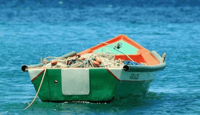 Morocco's Navy Assists 50 Sub-Saharan Irregular Migrants
