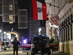 Vienna Terror Attack: 4 Dead, Suspected ISIS Gunmen Still at Large