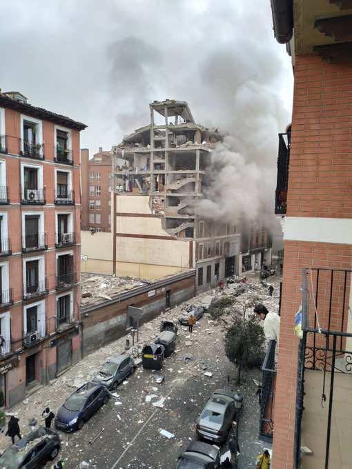 Explosion in Madrid Destroys Building, Kills 2