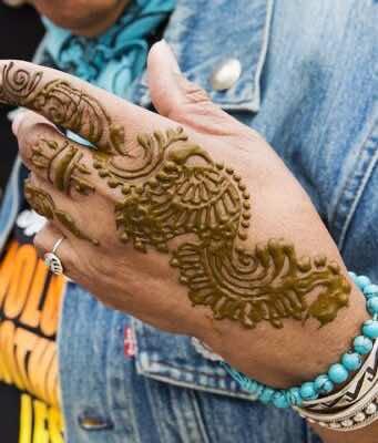Henna: History, Uses, Benefits, Symbolic Importance