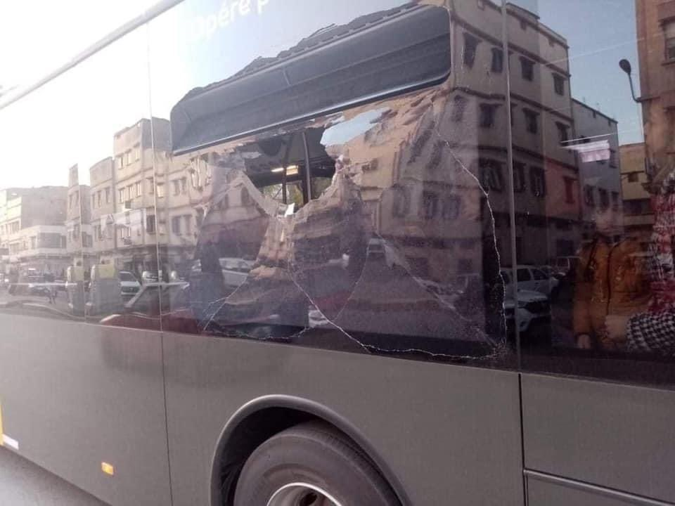 Teenagers-Welcome-New-Casablanca-Buses-With-Acts-of-Vandalism-1