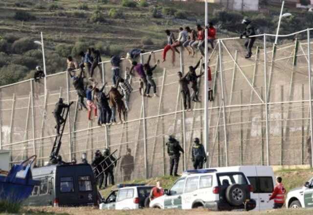 59 Sub-Saharan Migrants Cross to Melilla from Morocco