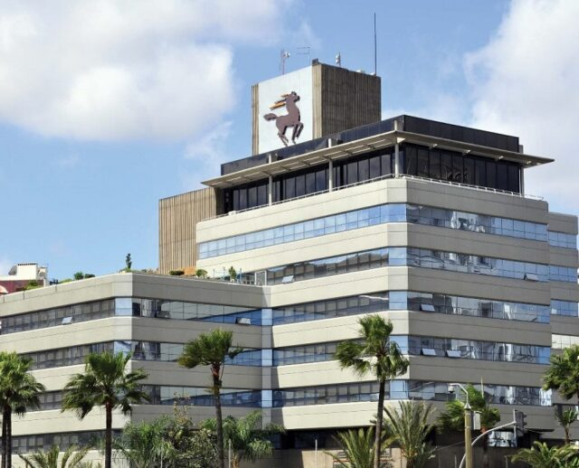 Survey: COVID-19 Health Crisis Impacted 20% of Moroccan Expats