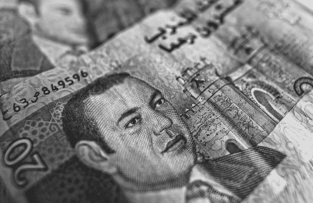 Dirham Depreciation Passes MAD 9 Against the US Dollar