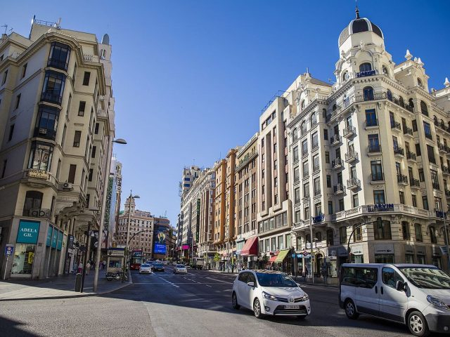 Moroccans Maintain 1st Position as First Foreign Community in Spain