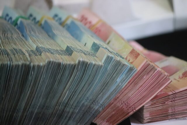 Remittances From Moroccans Abroad Reached $660 Million In January