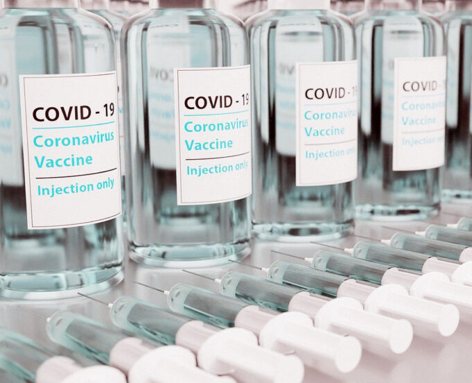 COVID-19: Spanish Press Dubs Morocco 'Miracle Country' for Vaccines
