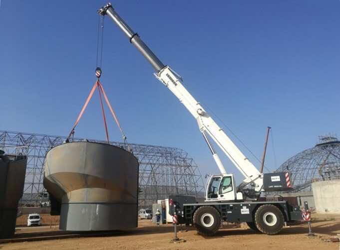 Moroccan Steel Contractor SCIF Receives Three Liebherr Cranes