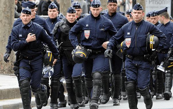France Arrests 5 'Radicalized' Women for Plotting Violent Acts