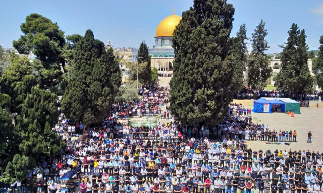 Friday Prayers Draw 70,000 Palestinians to Al Aqsa Mosque