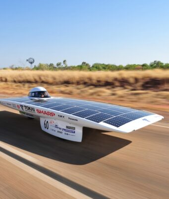 Dutch Student Teams Get Ready for the Solar Car Race in Morocco