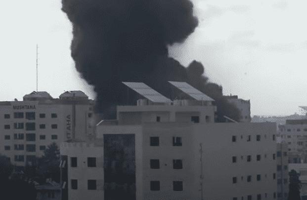 Israel Continues Gaza City Bombardment Despite International Warnings
